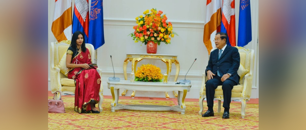 Ambassador Devyani Khobragade paid a courtesy call on the Samdech Aka Moha Sena Padey Techo Prime Minister Hun Sen